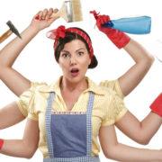 Sei una casalinga? Dovresti guadagnare 3.045 euro al mese
