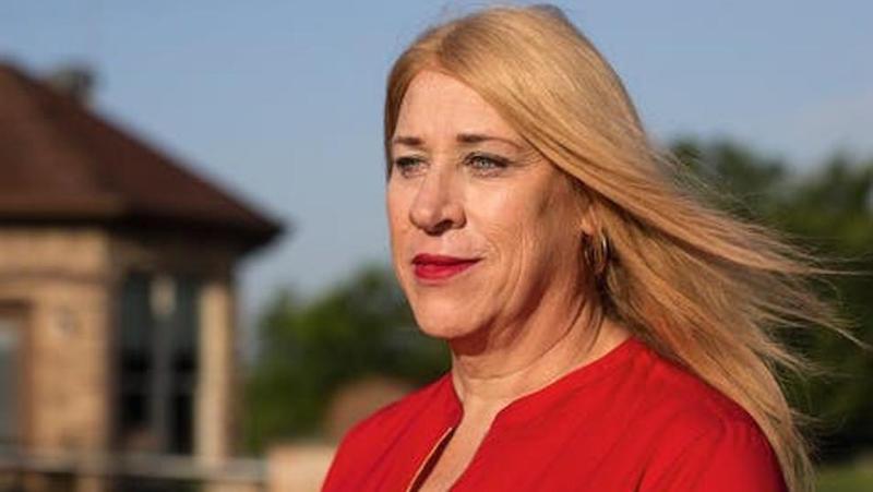 Jess Herbst sindaco trans