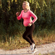 Le 10 regole per il fitwalking in gravidanza