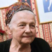 A 92 anni se n'è andata la regina delle notti parigine
