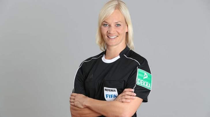 Bibiana Steinhaus arbitro