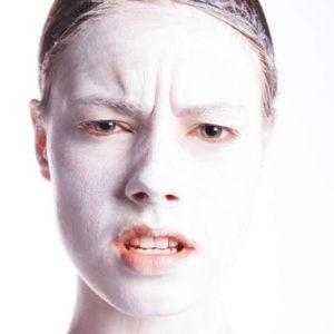 Decidi che donna vuoi apparire attraverso lo psico make-up