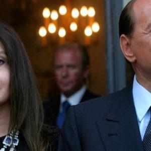 Povera (si fa per dire) Veronica: deve ridare 46 milioni a Silvio