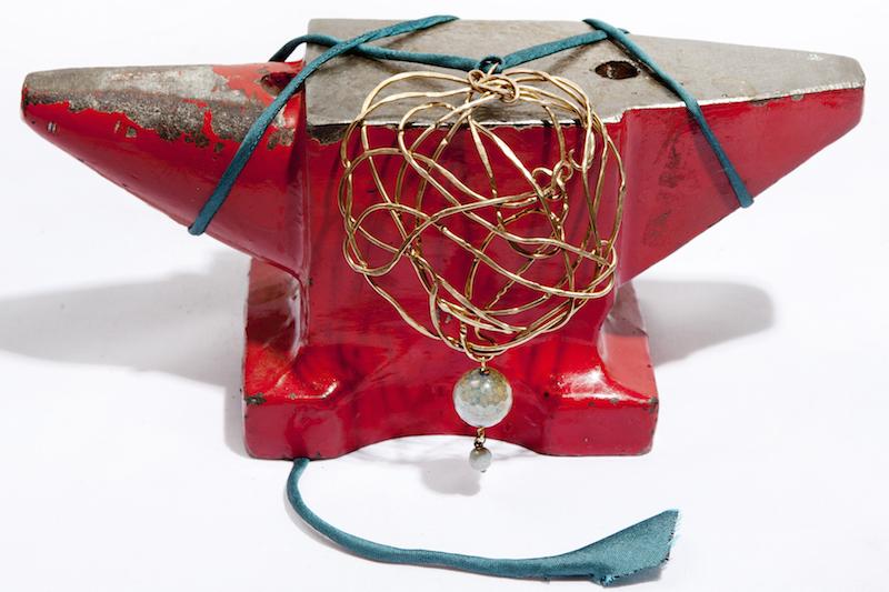 ciondolo line wire