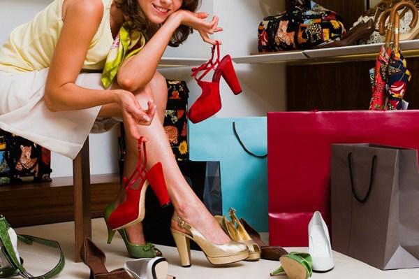 dona scarpe negozio