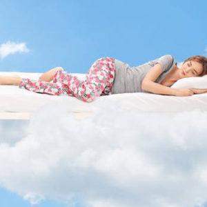 Ecco le 5 ragioni che consigliano di dormire sul fianco sinistro