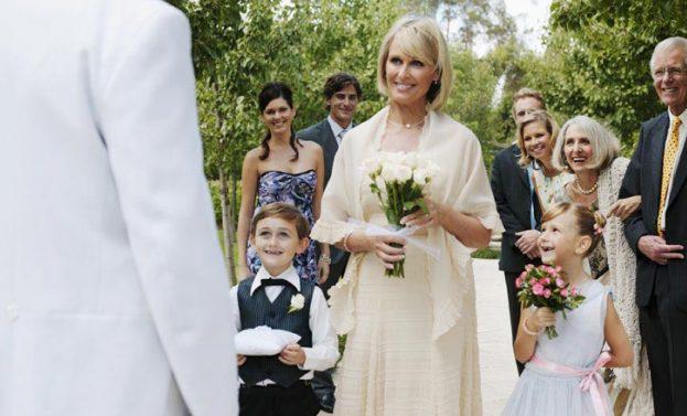 Abiti Da Sposa 50 Anni.E Se Arrivasse Proprio A 50 Anni L Eta Migliore Per Sposarsi