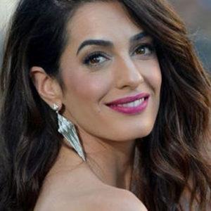 Non soltanto bella e ricca: Amal Clooney è anche un'icona di stile