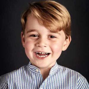 George compie 5 anni e ora Kate e William... si ricordano di lui