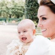 Ecco le splendide foto ufficiali del battesimo del Royal Baby