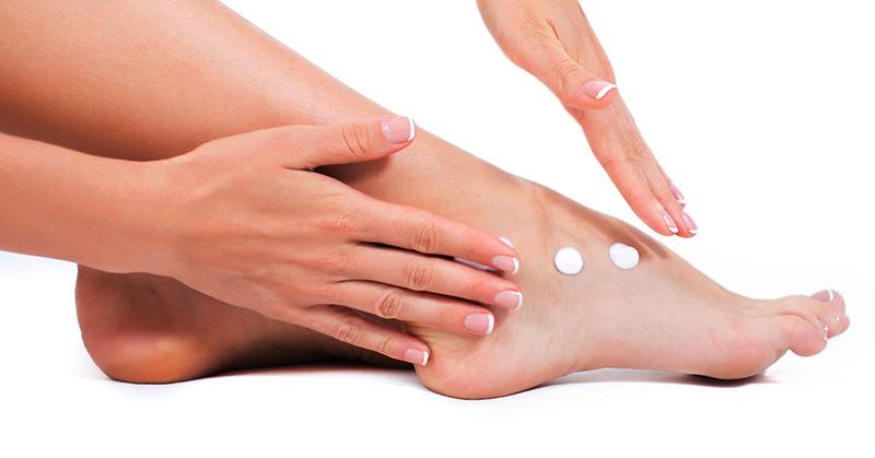 pelle piedi