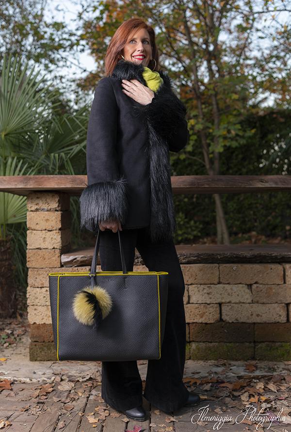 08 cappotto nero pelo