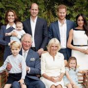 Ecco le tenere foto della festa in famiglia per i 70 anni di Carlo