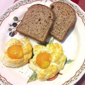 Se ami l'english breakfast, devi cucinarti questi cestini di uova