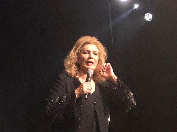 Iva Zanicchi al Teatro Nuovo di milano