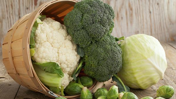 cibi-broccolo-e-cavolo