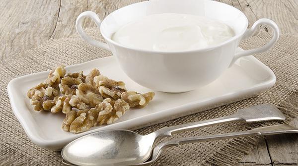 girovita-salsa-allo-yogurt-e-noci