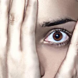 Ecco i 10 sintomi che ti aiutano a capire se sei una donna ansiosa