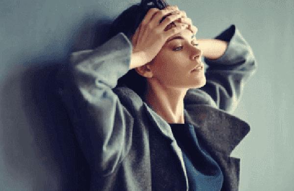 donna-ansiosa