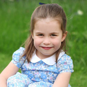 Charlotte compie 4 anni: ecco le foto scattate da mamma Kate
