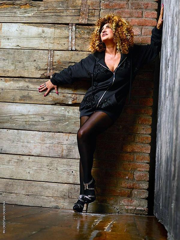 mArcella bella black
