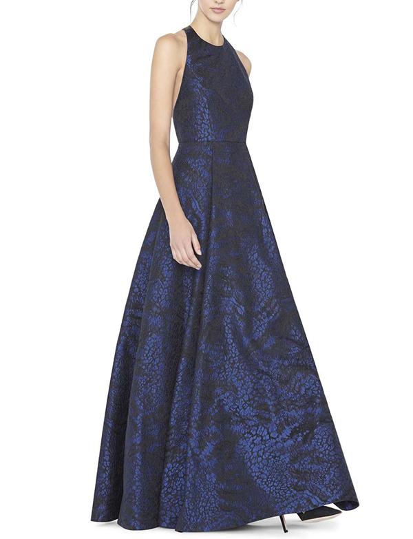 matrimonio-invitate-abito-blu-scuro