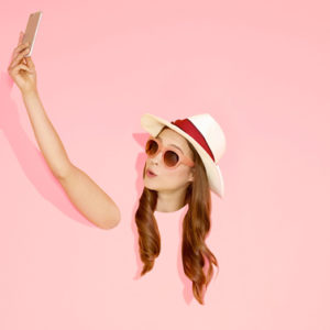 Il selfie è superato: quest'estate bisogna imparare a farsi i jelfie