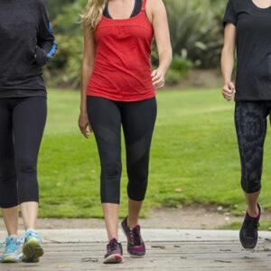 Sapevi che la camminata veloce aiuta a combattere la cellulite?