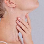 Il collo merita le stesse cure del visto: ecco come tenerlo fresco