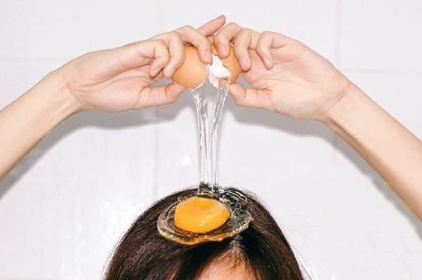 rimedi naturali capelli crescita uovo