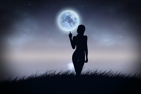 acqua di luna piena fai da te