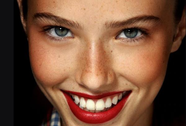 mantenere abbronzatura rossetto