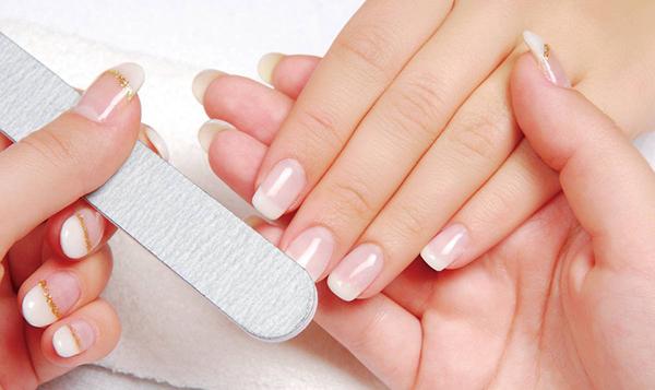 refil-ricostruzione-unghie