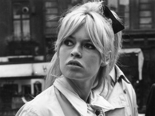 capelli-bad-hair-day-mezza-coda-brigitte-bardot