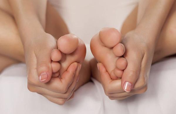 automassaggio piedi