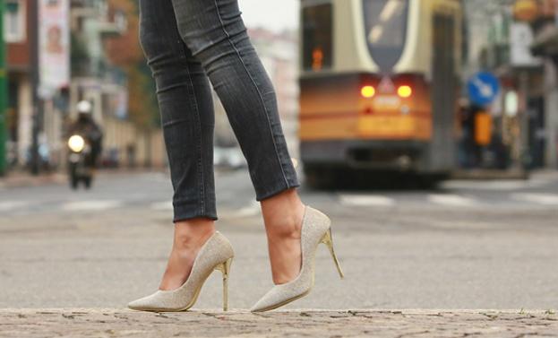 shoes-scarpe-tacchi-t-shirt